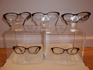 Our vast selection of women's frames